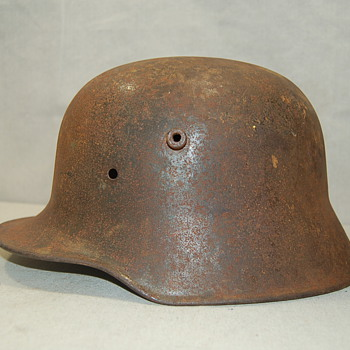 WWI German M16 Helmet Stamp Si66 - Military and Wartime