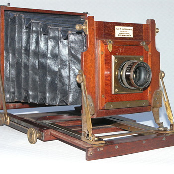 Underwood, E.&amp;T. | The &quot;Exhibition&quot;. | Field camera. | 1887. |