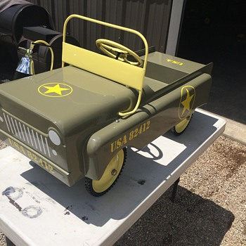 Garton Jeep Pedal Car