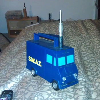 "Vintage ""Swat"" 1970's Cb Walkie Talkie Radio Van"
