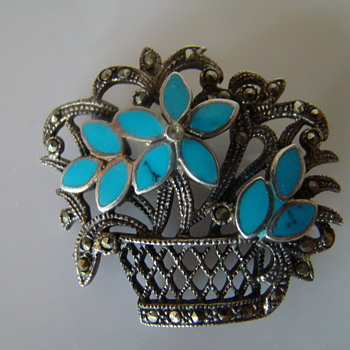 Silver brooch with enamel  flowers