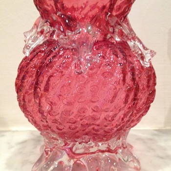 Interesting unidentified cranberry lobed ribbed glass vase with thorn teardrops