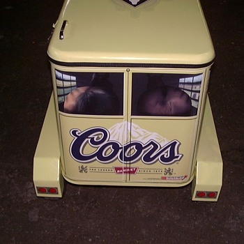 COORS RODEO COOLER TRAILER - Breweriana