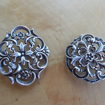 A Tale of Two Brooches - Fine Jewelry