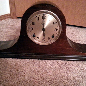 Ingraham Mantel Clock 1929 (Paid $3.99 at Goodwill) - Clocks