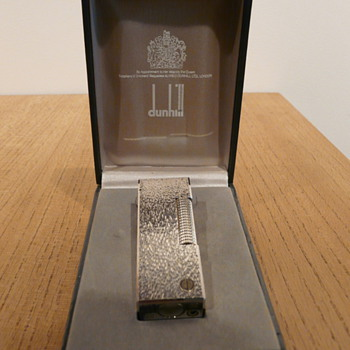DUNHILL ROLLAGAS 'BARK' LIGHTER c.1980