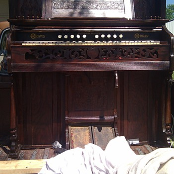 1908 Crown Pump Organ #45764 George P. Bent - Music
