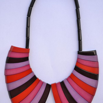 Guillemette L'Hoir Galalith Necklace - 1970's