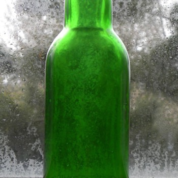 Unusual Beer Bottle Shaped Coca-Cola Flavor Bottle