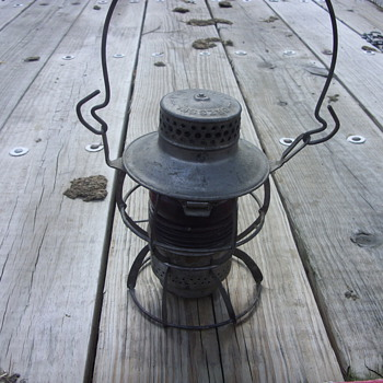 L &amp; N RED GLOBE RAILROAD LIGHT
