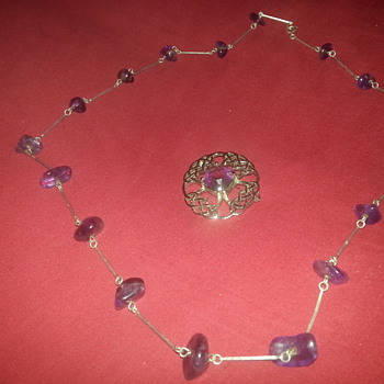 1970's Amythyst amd white gold necklace plus glass brooch