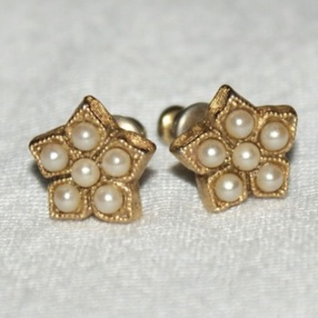 Costume Earrings with Sead Pearls