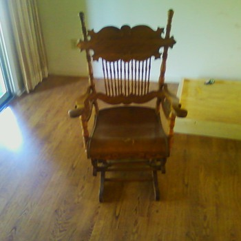 Old Rocking Chair need seat fixing any offers ? - Furniture