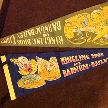 Ringling  Bros And Barnum & Bailey Circus flags - Advertising