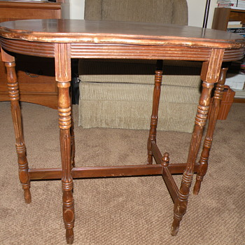 6 leg table with inlaid oval top - Furniture