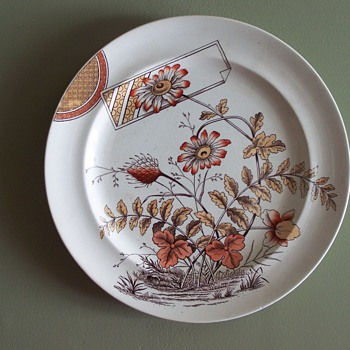 English Aesthetic period plate Clover pattern c.1880?