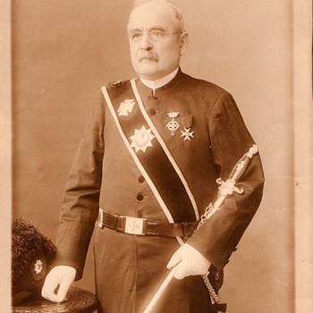 I need help identifying this uniform - Photographs