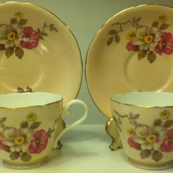 Aynsley Cup and Saucer Sets - China and Dinnerware