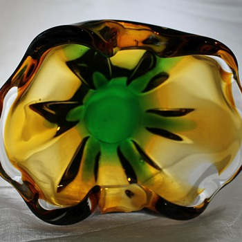SANYU Japan Glass Bowl  - Art Glass