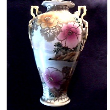 "Stunning  12"" Japanese Nippon Vase /Poppies and Landscape with Gilt Decor/Marked ""Royal Nishiki"" Nippon 51/1243/Circa 1906-1921"