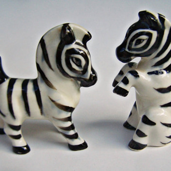 ShakeThatThang Zebra Shakers TOO Cute! - Figurines