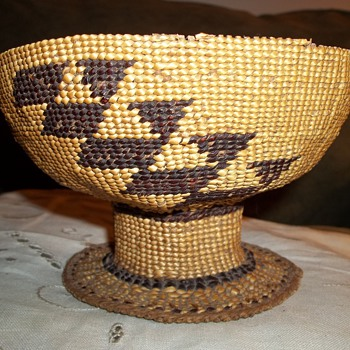 Native American Hupa Basket  - Native American