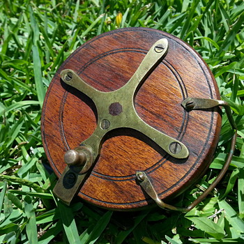 ANTIQUE STARBACK FISHING REEL??? - Fishing