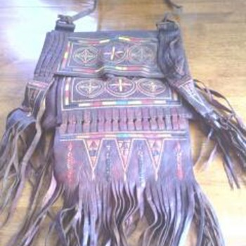 NATIVE AMERICAN LEATHER BAG HELP IDENTIFYING - Native American