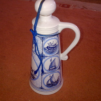 BLUE & WHITE PORCELAIN DECANTER - Bottles