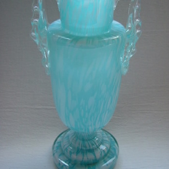 Welz Trophy Vase - Art Glass