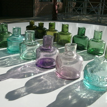 Small beauties in different shapes and colors - Bottles