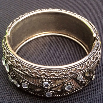 Vintage jewelry items - Fine Jewelry
