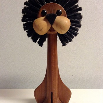 Laurids Lonberg Danish Modern Teak Lion Brush