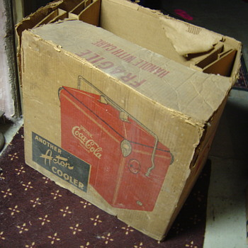 Original Coke cooler cardboard box - Coca-Cola