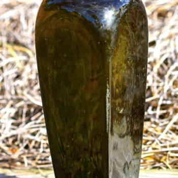 ---- 1880's Gin Bottle ----