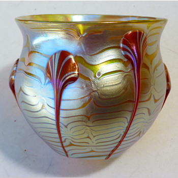 Lötz vase, P.G.1/4 (1901). 12,5 cm.  - Art Glass