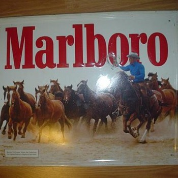 Marlboro Tin Sign - Signs