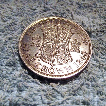 1940-ww2-british half crown-silver-mint. - World Coins