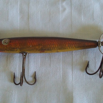 "old wooden ""Shakespeare"" lure - Fishing"