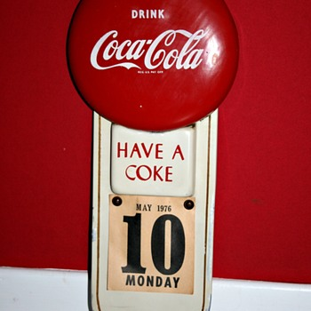 coca cola button calendar