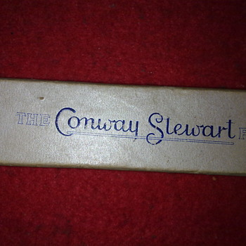 CONWAY STEWART FOUNTAIN PEN - Pens
