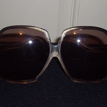 Vintage designer sunglasses. - Accessories