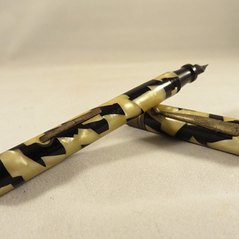 Antique Mother of Pearl Fountain Pen  - Pens
