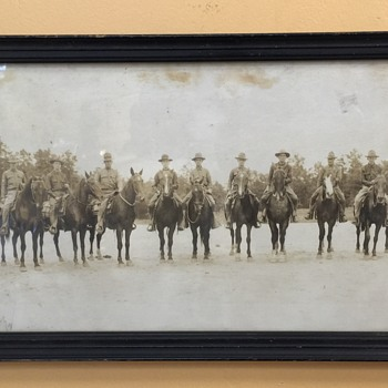 I believe WW1 Soliders on Horses