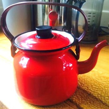 finel finland enamel kettle - Kitchen