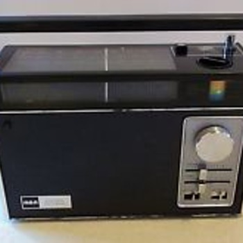 RCA Model RZM193E AM/FM/PSB/WB (1970)