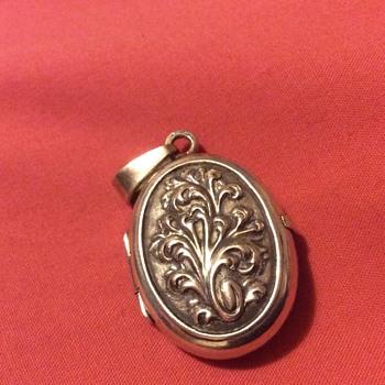 Vintage silver photo pendant