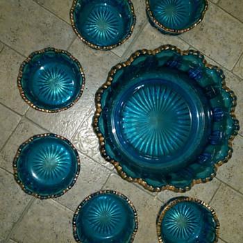 Bowl Set blue with Gold Trim