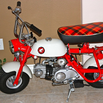 1967 Honda Z50m English Model - Motorcycles