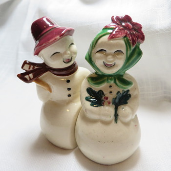 Salt & Pepper Shakers - Kitchen